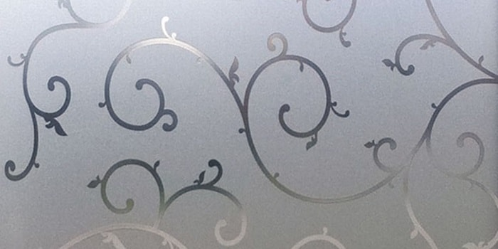 Пескоструйный рисунок на стекле